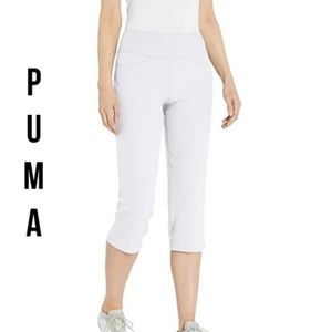 Like New!! Puma Power Shape Golf Capri Pants